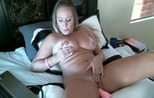 MILF cums from hard machine sex