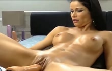 Her very first time with sex machine and squirting...